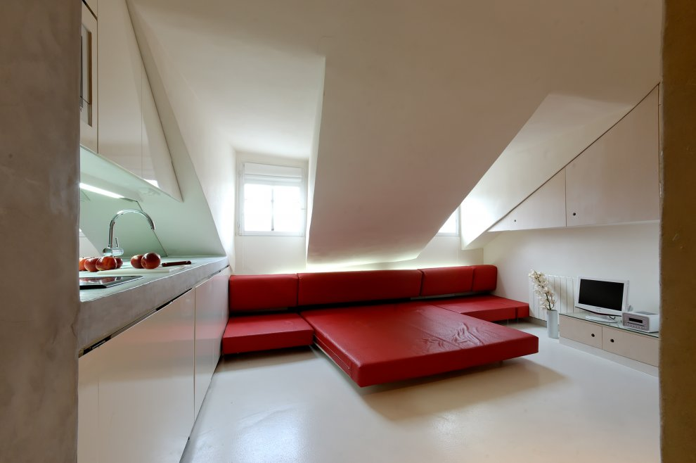 Tr s chic parisian micro digs lifeedited for Apartamentos minimalistas