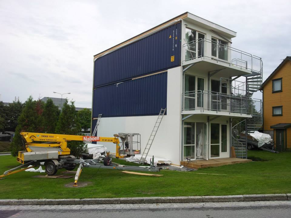 Portable modular academic lifeedited - Building home from shipping containers ...