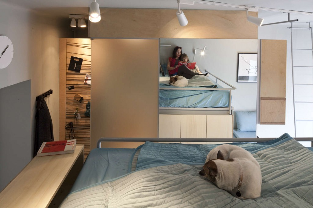 The tiny apartment. Function and Form Sharing 237 Sq Ft   LifeEdited