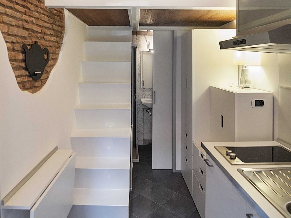 Italian apartment makes micro seem huge lifeedited for Planimetrie micro loft
