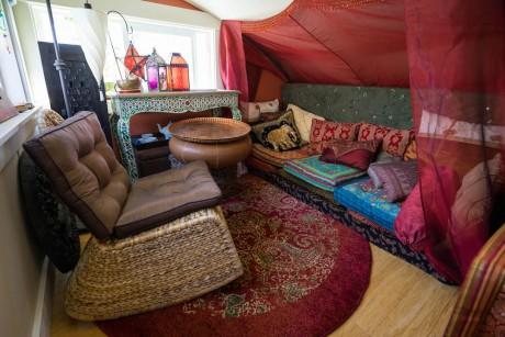Anitas-Lilypad-Tiny-House-caravan