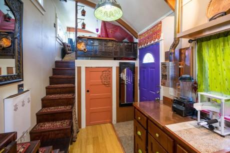 anitas lilypad tiny house stairs