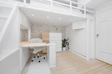 ett rom til-desk